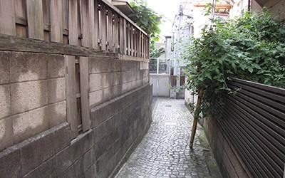 ソトノミスト「神楽坂・白銀町」をゆく。