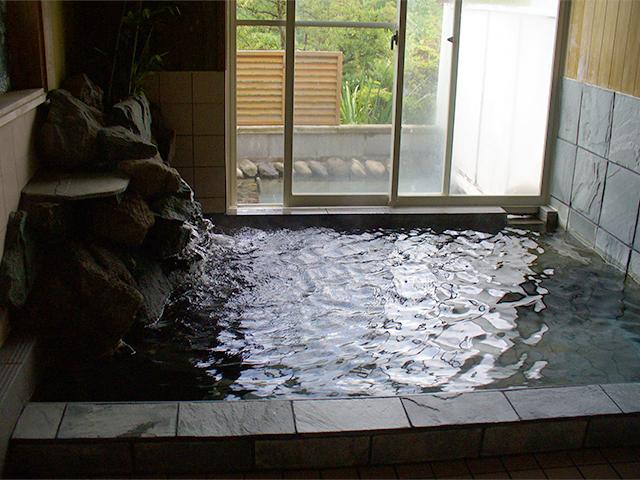 女風呂です。とろけるようなアルカリ性温泉♪